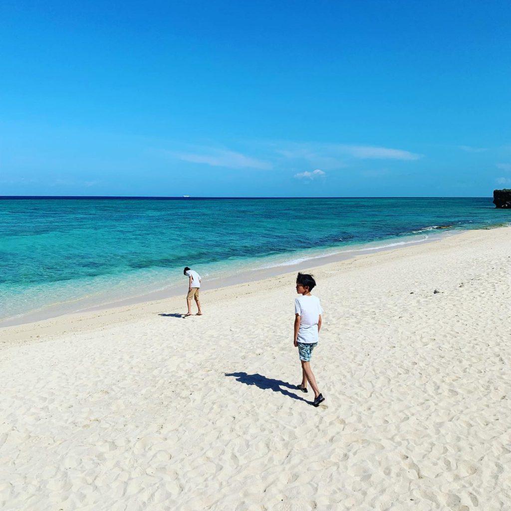 沖縄 家族 旅行 ブログ ホテル日航アリビラのビーチ