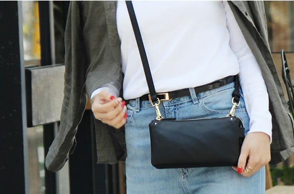 シンプルを極めたお財布ポーチ お財布ポシェット 定番スタイルです